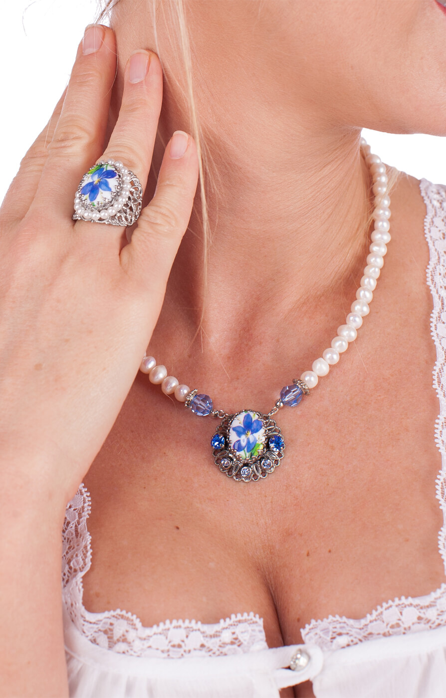 weitere Bilder von Traditional necklace 1799, blue